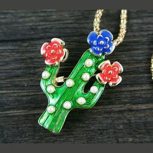 Jewelry - Cactus Sweater Necklace